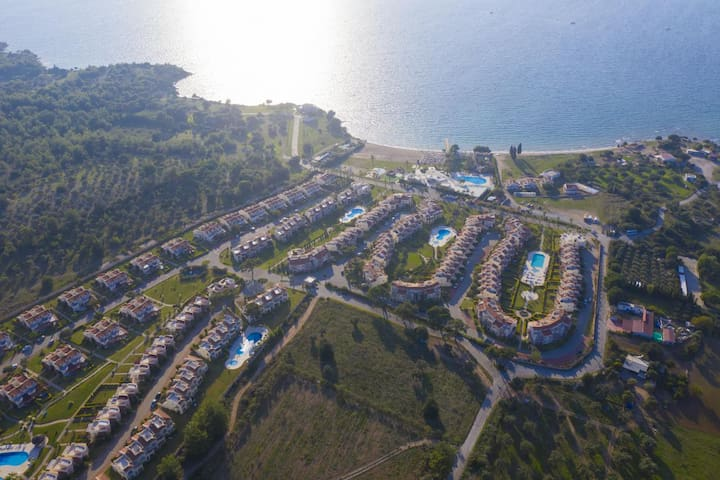 Artemis 4, Apollonium SPA and Beach Resort