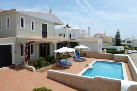Merigold Villa, Albufeira, Algarve - House