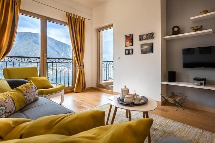Stylish 1 Bedroom Apartment Panoramic View Kotor