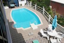 Coin piscine vue d'en haut