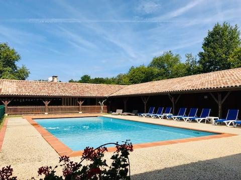 Maison 4* 6/9p SPA privé, piscine chauffée