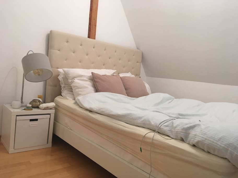 Modern cozy 3 br flat in stuttgart west apartments for for 100 questions to ask before renting an apartment