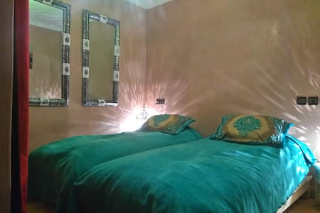 Cosy Flat with WiFi in a Riyad - Tamraght - Bed & Breakfast