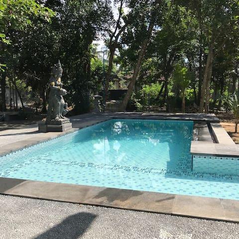 Krisna Bungalow at Pondok D'Alas Villa