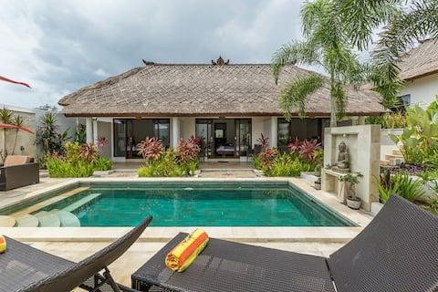 Villa Leelavadee  4 BR villa with private pool