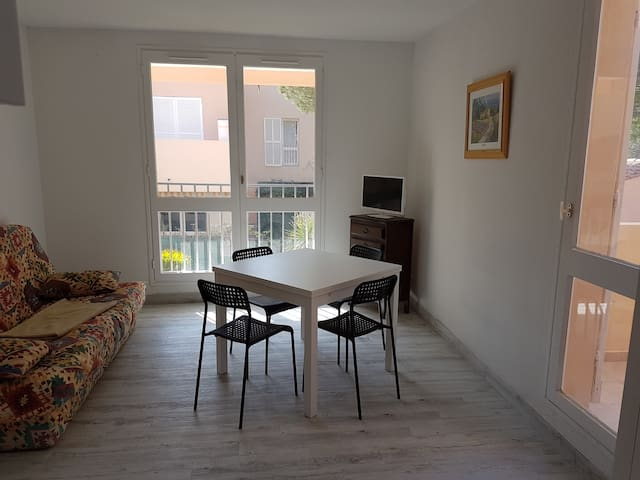 Studio 24² aux Lecques - Saint-Cyr-sur-Mer - Apartment