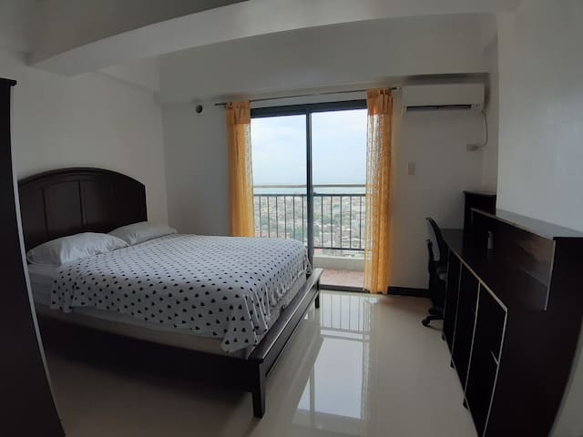 New Studio 2910 with Balcony in Cebu City