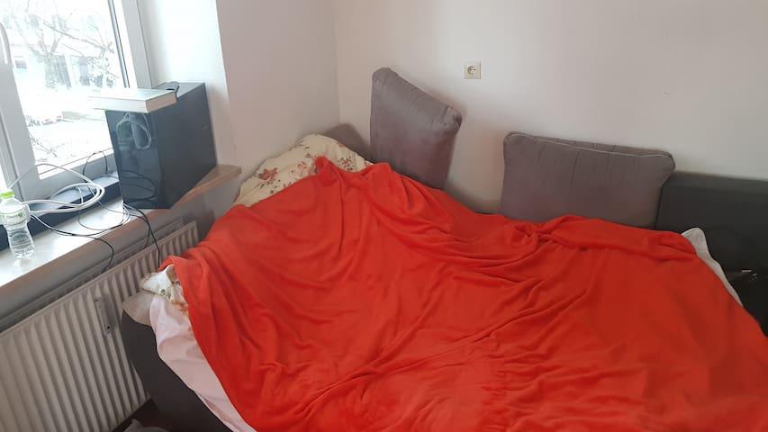 Otker Apartments mr. Reyzis