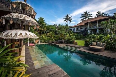Alassari Plantation Villa Tiga - Selemadeg - Boutique hotel