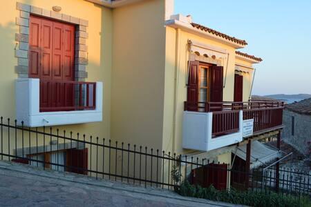 Evangelia Apartment (top or ground floor) - Lesvos - Бутик-отель