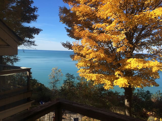House Overlooking Lake Michigan - South Haven
