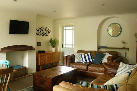Mousetrap - seaside holiday cottage - Wells-next-the-Sea