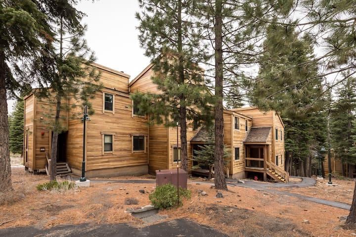 Tahoe, Northstar Resort Condominium in Truckee!