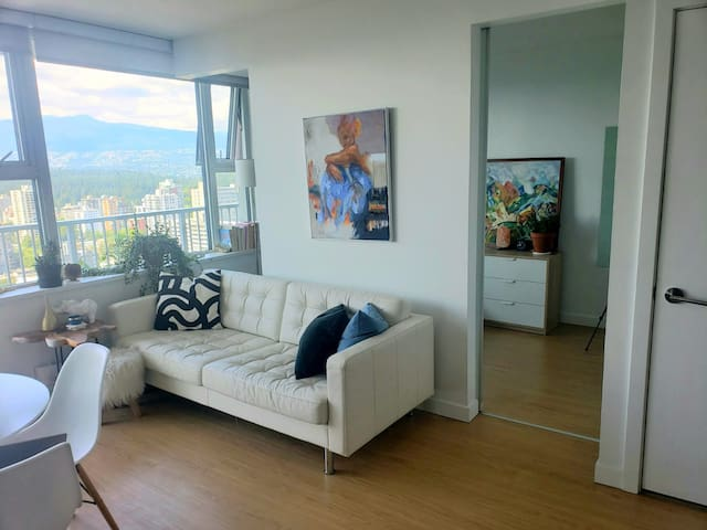Best Views in Vancouver /Perfect Location /Modern