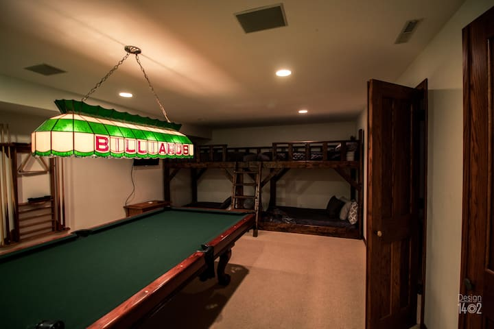 Raspberry Hill Family Suite