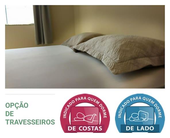 travesseiros para quem dorme de costas e também para quem dorme de lado