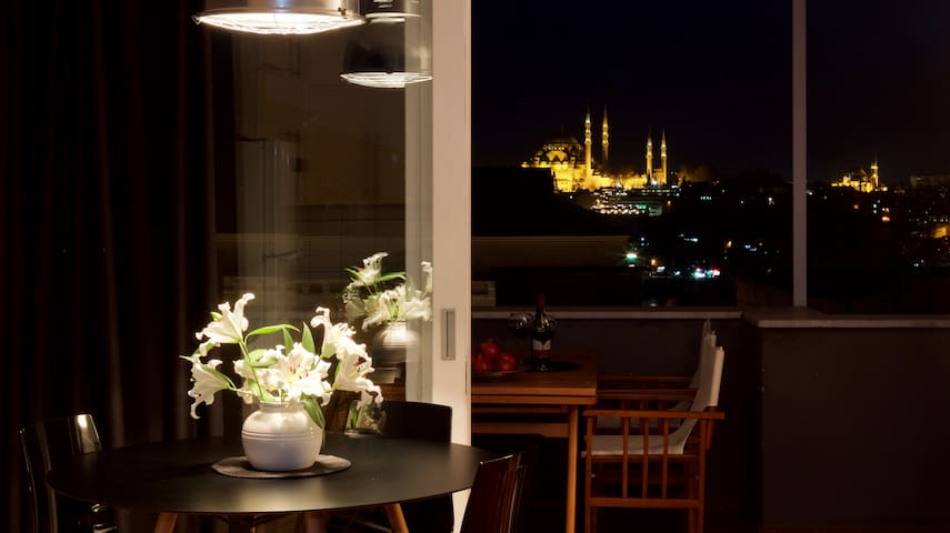 Private terrace, charm & views! - Istanbul - Loft