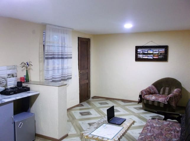 Private Apartment in 2 min walk from City Center.