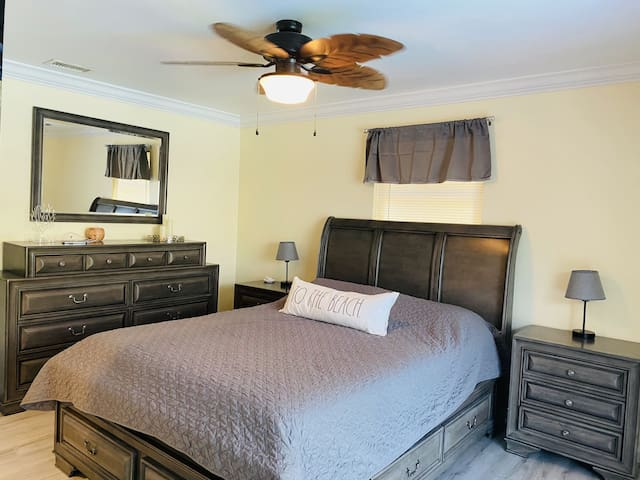 Master bedroom with SmartTV
