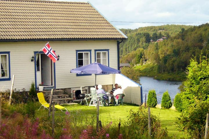 6 person holiday home in lyngdal