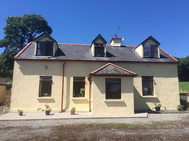Glen of Aherlow, Tipperary - Bansha - Rumah
