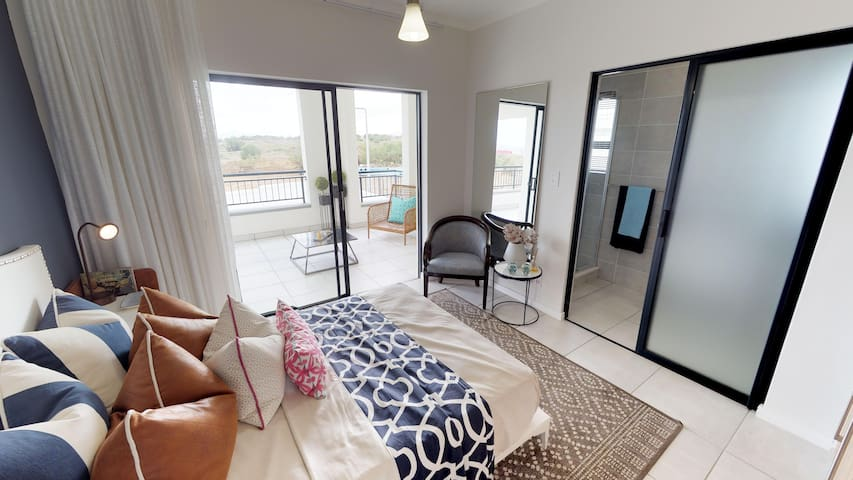 Modern 2 bedroom Apartment in Security Complex