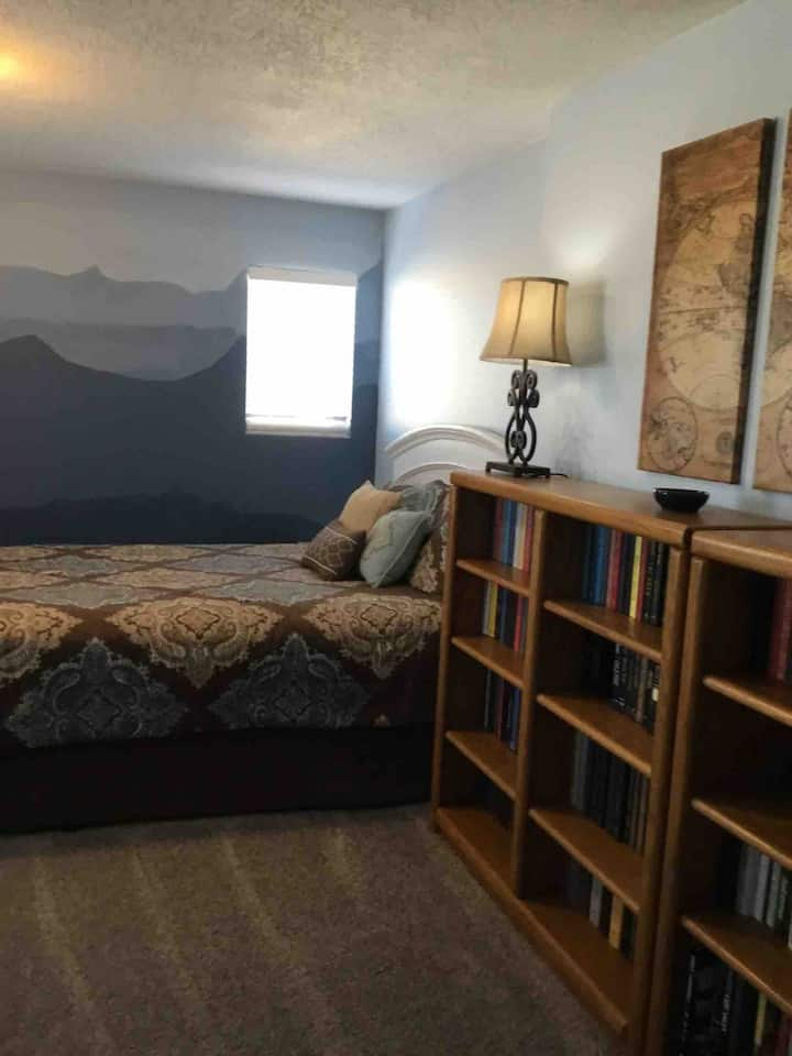 Large Rio Rancho bedroom with a Mountain View