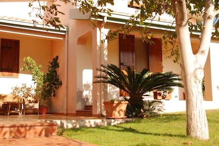 Villa Galtellì - Galtellì