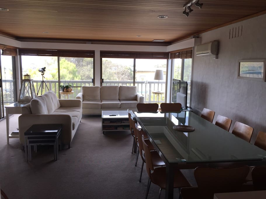 Great living area with dining for 8 to 12 people