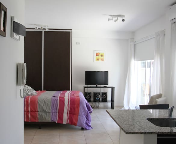 Estudio Superior, Arenales Suites