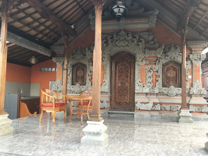 Tarupala House-1BR Balinese Traditional Compound