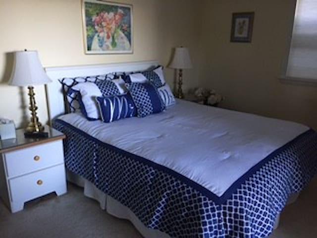 Choice of Queen Bedroom