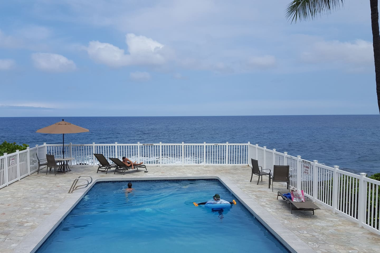 Gorgeous ocean front pool
