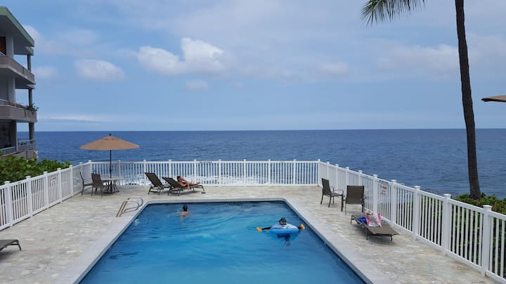 Hawaiian Vacation Starts Here!