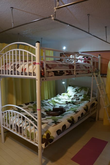 Comfortable bunk bed ☆ wi-fi there ☆