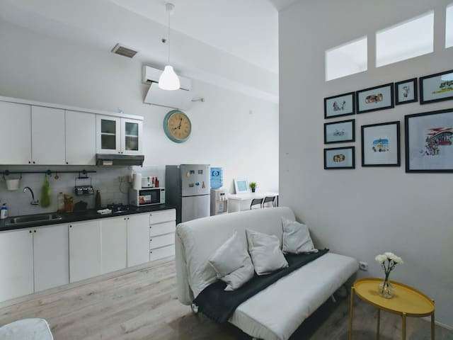 Clean & Cozy 1BR Smart Home in Rasuna