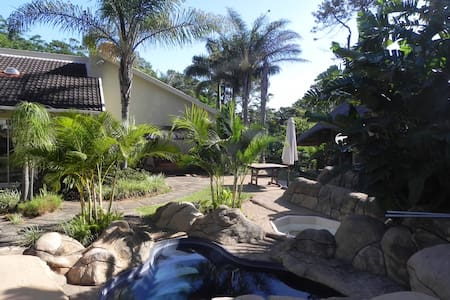 Tropical Adventure close to the sea - Southbroom - Huis