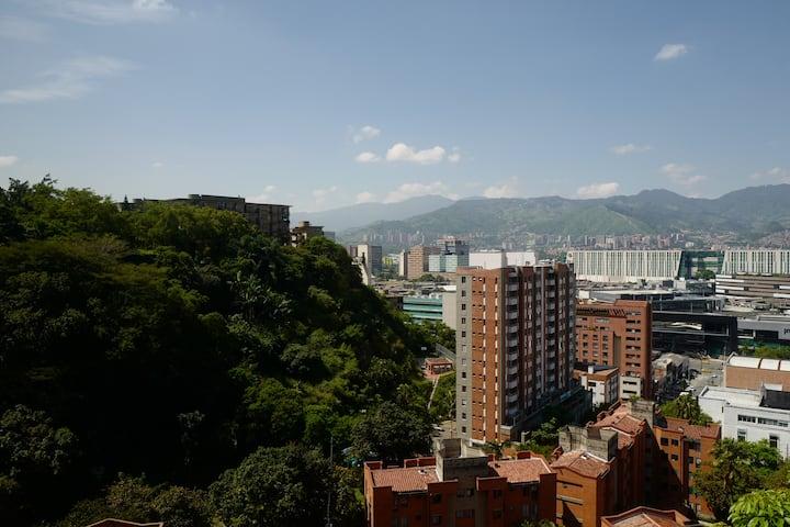 Apartamento de 63m en el mejor barrio de Medellin