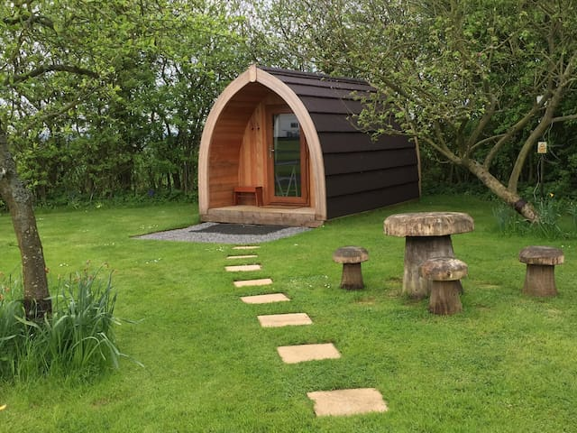'The Nuthatch' glamping pod at Acorn Wood