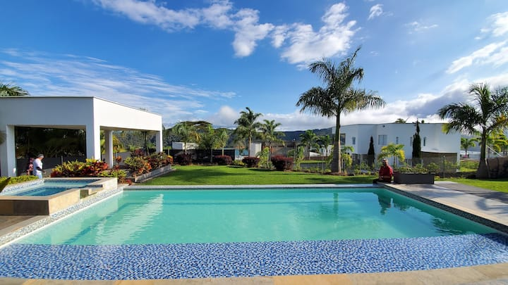 Chalet con piscina , Lago Calima Darien, ClubHouse