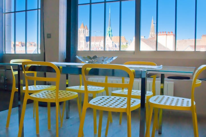 Appartement de caractère, centre