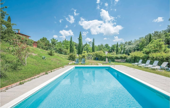 Holiday cottage with 2 bedrooms on 70m² in Castellina in Chianti