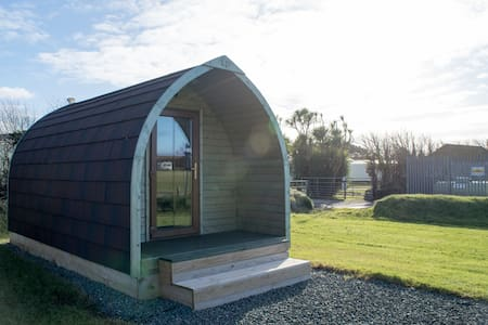 Cosy Heated Glamping Pod in Bude - Cornwall