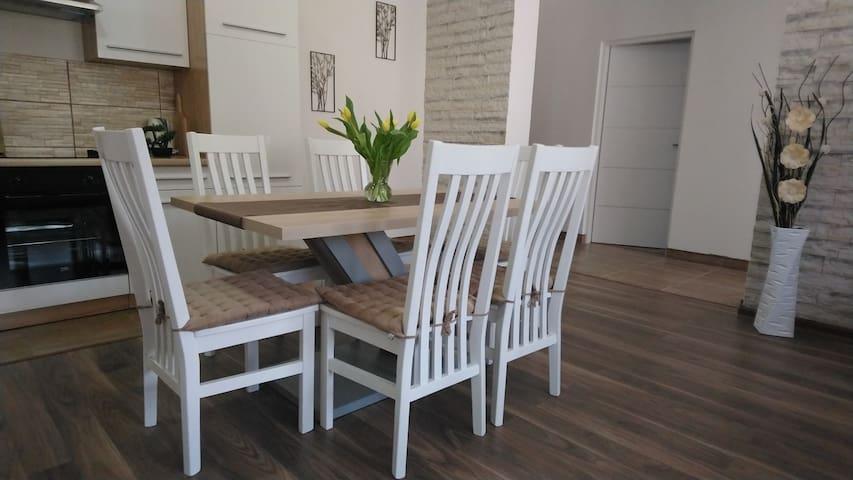 Apartman Danijela ***