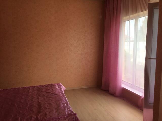 Гостевой дом Любовь на самом берегу Азовского моря