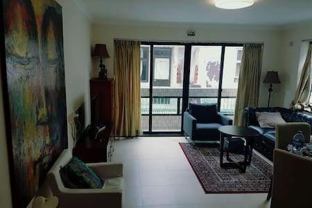 Spacious flat in the heart of leafy Lamma Island - Hong Kong