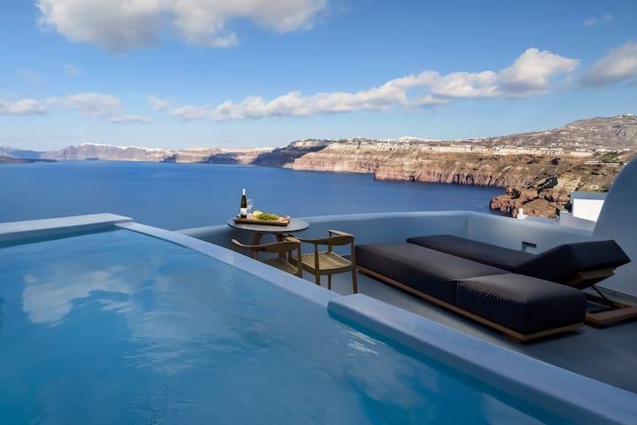 Neptune Premium Spa suite
