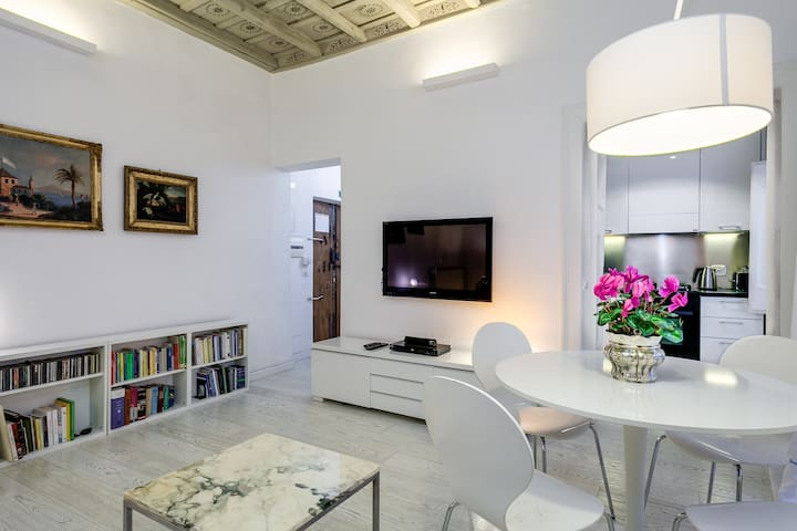 White Pantheon - One Bedroom Apartment