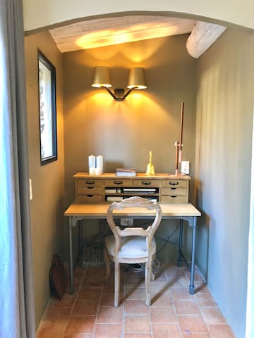 Alcove on the ground floor with desk