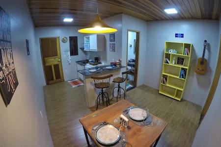 Flat aconchegante em Condomínio de Penedo-RJ